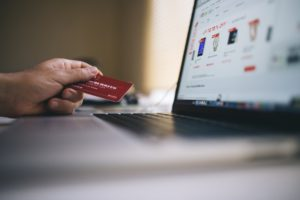 Completing online transaction with credit card